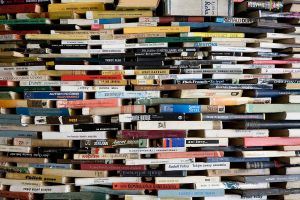 1024px-A_tower_of_used_books_-_8446